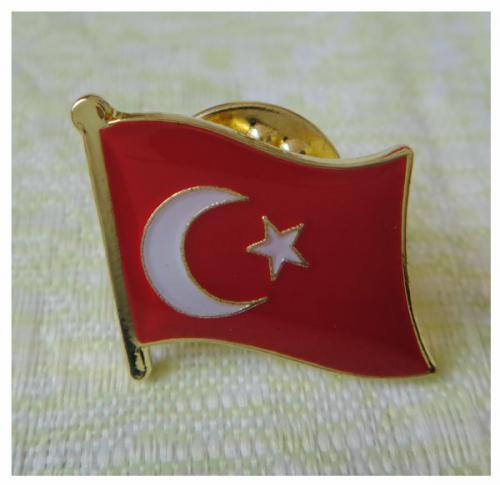 DKM-P016 (flag pin)